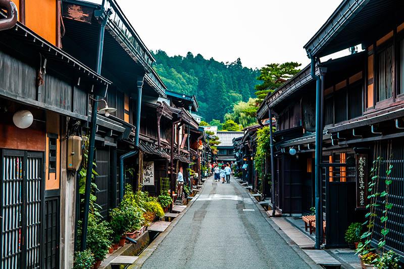 Strada del quartiere Sannomachi a Takayama