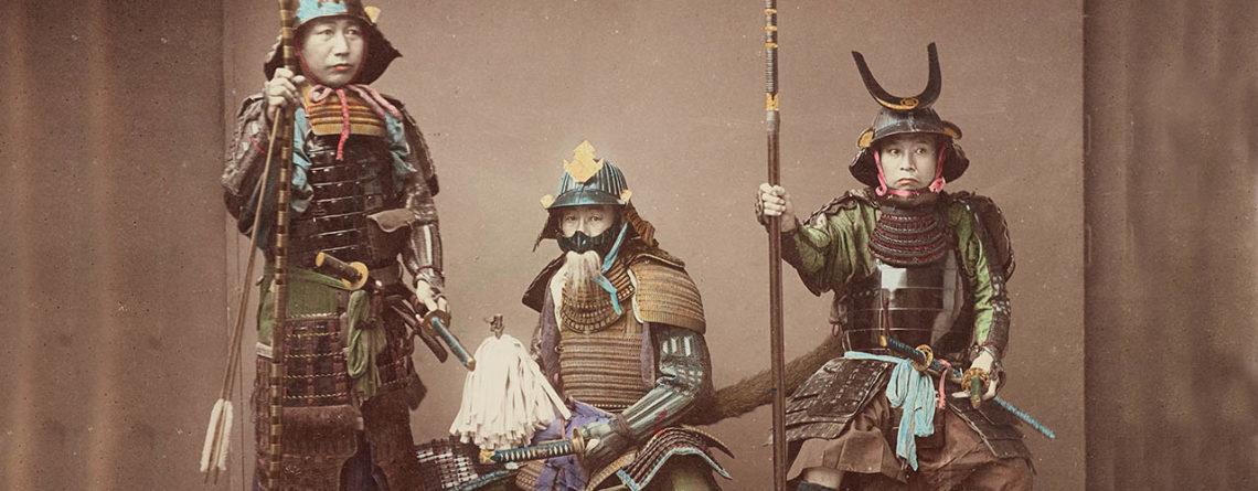 tre samurai giapponesi in una foto del 19esimo secolo